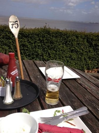 The Royal: lunch, bud and a view