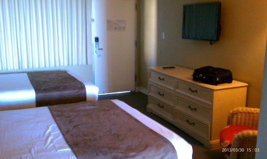 Beachview Hotel: Our room