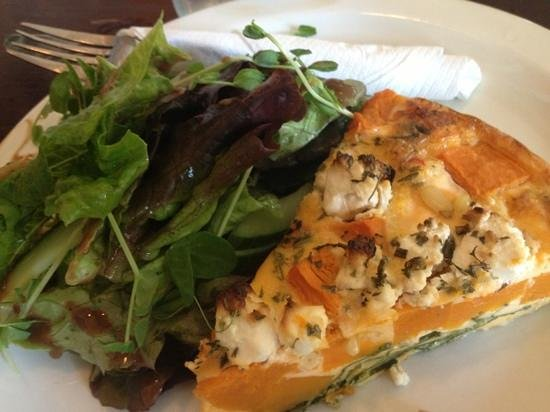 The Caf Coolum: spinach & ricotta quiche with salad