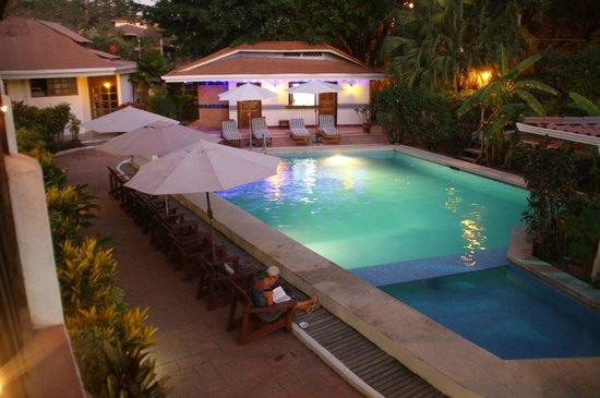 Hotel Samara Pacific Lodge: Poolen