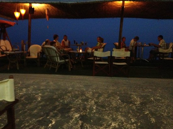 Samaras Beach Hotel: Το βράδυ για ποτό