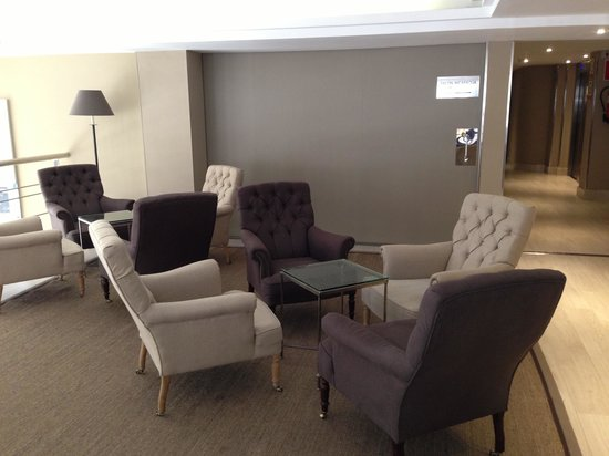 Hotel Acta City47: Sala tv