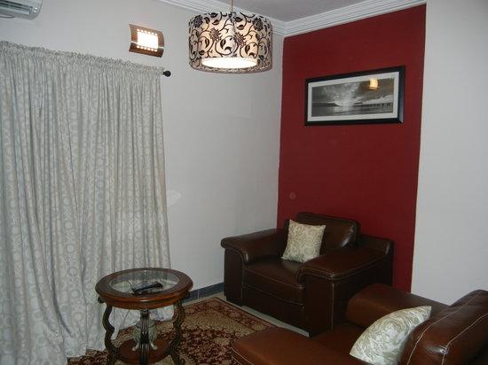 Tivoli Residence : executive suite