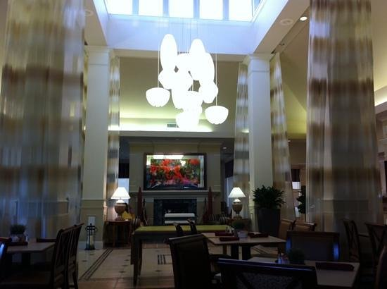 Hilton Garden Inn Houston / Bush Intercontinental Airport: Hotel lobby