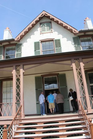 President Lincoln's Cottage : Main entry door.