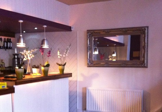 Cafe Sage: newly decorated 2