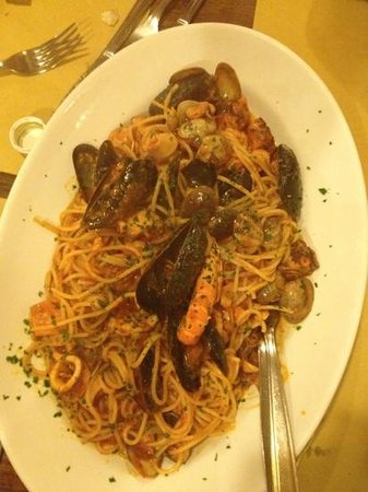 Osteria Al Bacco: seafood starter to share