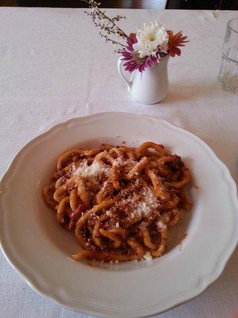 Piccola Trattoria Guastini: Ottimi pici con ragù di chianina!