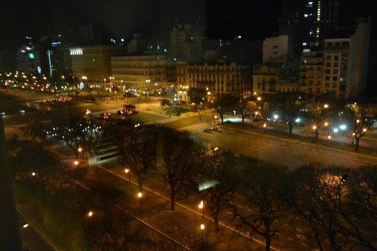 Eurobuilding Hotel Boutique Buenos Aires: Vista do quarto