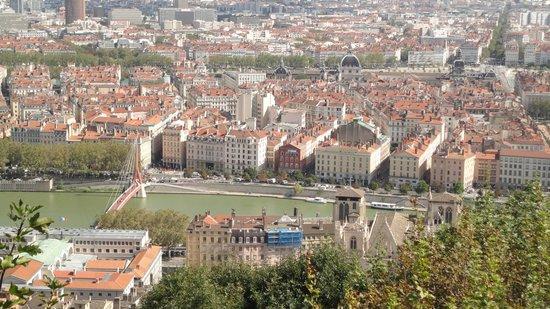Best Western Hotel Charlemagne: Uitzicht over Lyon