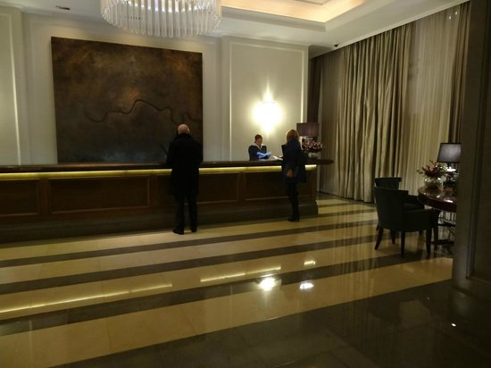 Corinthia Hotel London: Reception