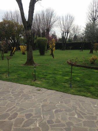Corte Vaia: Parco villa