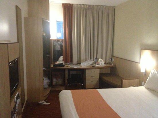 Ibis Al Barsha: Room