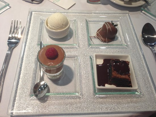 Clandeboye Lodge Hotel : Wedding desert