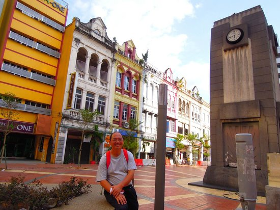 Hotel A-One: 旅館前的廣場