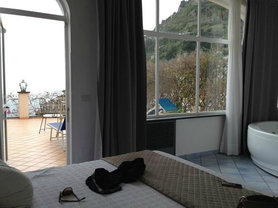 Positano Art Hotel Pasitea: suite  con terrazzo e  jacuzzi vista mare