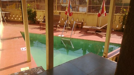 Bardays Inn: pool