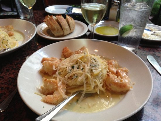 Paesano's Riverwalk: Shrimp Paesanos