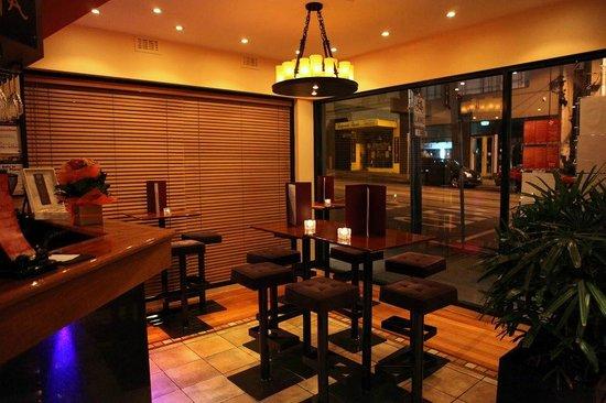 Araliya: Wine bar