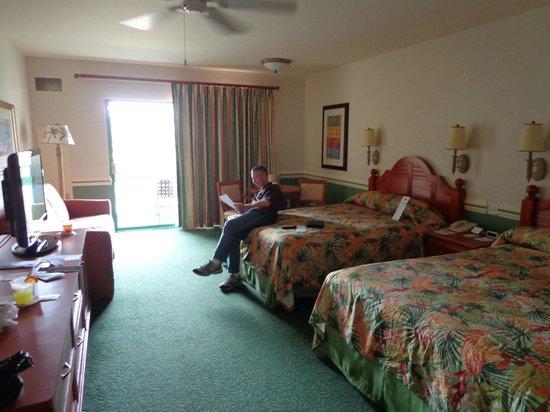 large room 2111 picture of shades of green hotel orlando tripadvisor. Black Bedroom Furniture Sets. Home Design Ideas