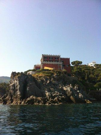 Mezzatorre Resort and Spa: hotel visto dal mare