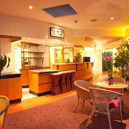 EGG Hôtel Gonesse  : Bar
