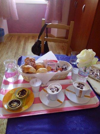 Ridolfi Guest House: colazione in camera ottima ed abbondante!!!