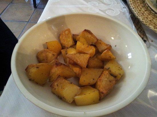 Antico Frantoio: Patate al forno con rosmarino