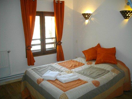 Le Relais de l'Artuby : chambre à 39€  point d 'eau