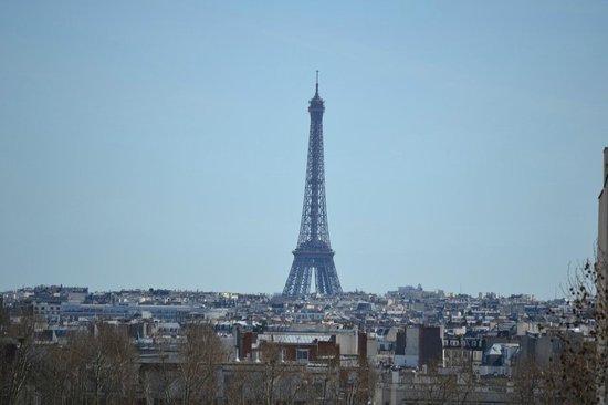 Best Western Rives de Paris La Defense : View of The Eiffel Tower
