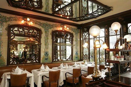 Le Montparnasse 1900 : Le restaurant