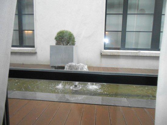 Hotel Be Manos, BW Premier Collection: vue sur la petite cour externe