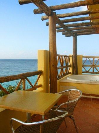 Playa Azul Golf, Scuba, Spa: Jacuzzi Suite Balcony