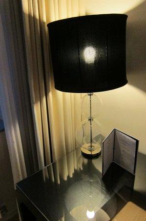 Hotel Opus Horsens: Lampa