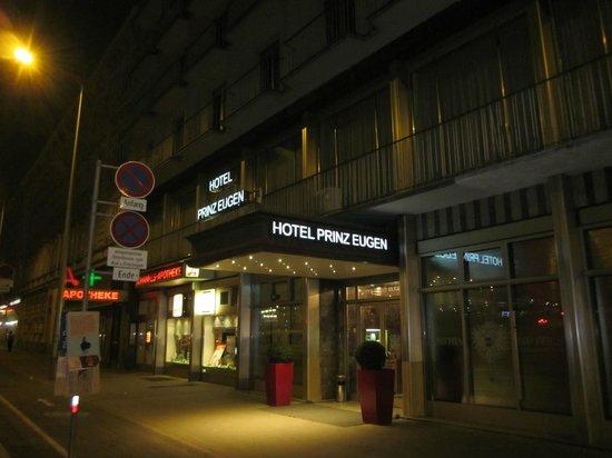 Novum Hotel Prinz Eugen Wien: fachada del hotel