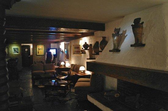 La Hacienda Miraflores: bar