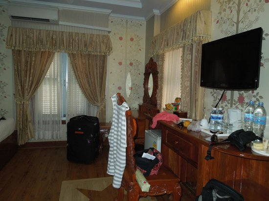 King Fy Hotel : Clean rooms with balcony and windows