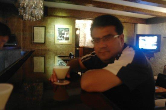 La Hacienda Miraflores: Co un delicioso Pisco en el bar