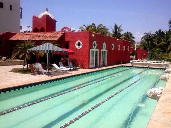 Xquenda Huatulco Spa : Alberca semi olímpica