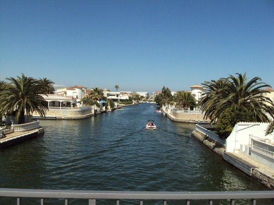 Hotel Portofino: i canali tipici