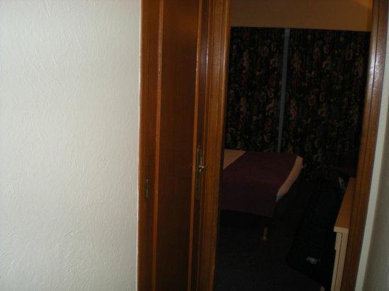 Massenet Hotel : Bedroom