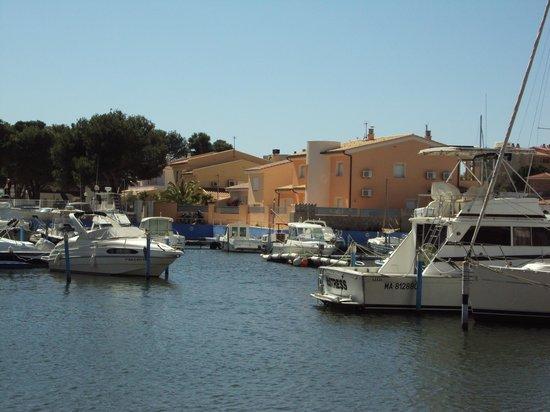 Hotel Portofino: villette con posto barca