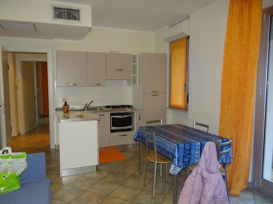 Residence Greco: kitchen