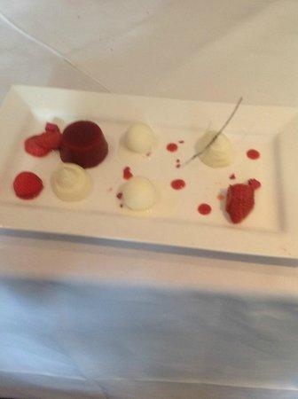 The Green Room Restaurant: Strawberry 3 ways!