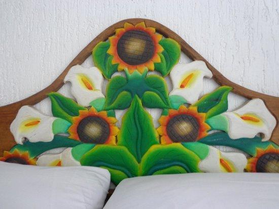Villa Tulum: El respaldo de la cama