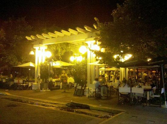Hotel Yaguaron: Peatonal gastronomica