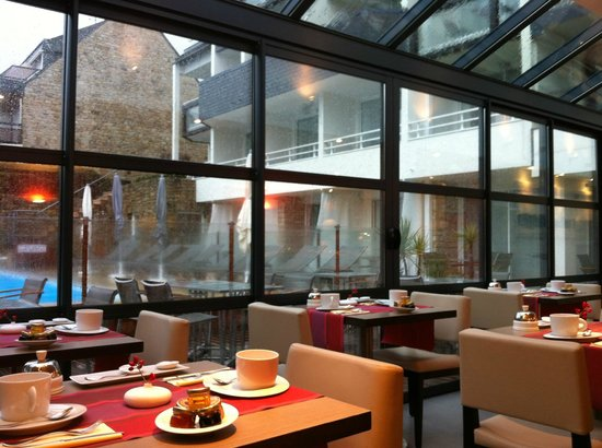 Hotel Le Churchill : breakfast room