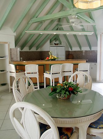 Sapphire Beach Club Resort: Penhouse Ktchen