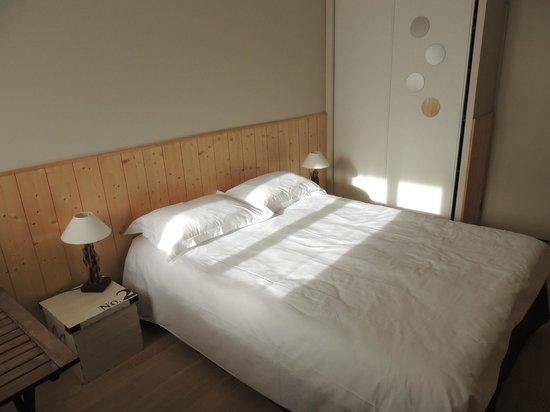 chambre et terrasse photo de l 39 oc ane chambres d 39 h tes. Black Bedroom Furniture Sets. Home Design Ideas