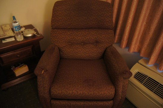 Country Inn & Suites By Carlson, Omaha Airport: Chair 2